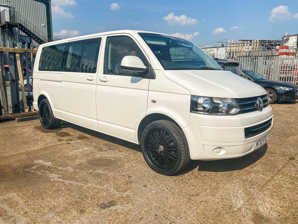 Volkswagen Transporter Shuttle Minibus 2.0 TD T30 SE Mini Bus DSG 4dr (LWB)