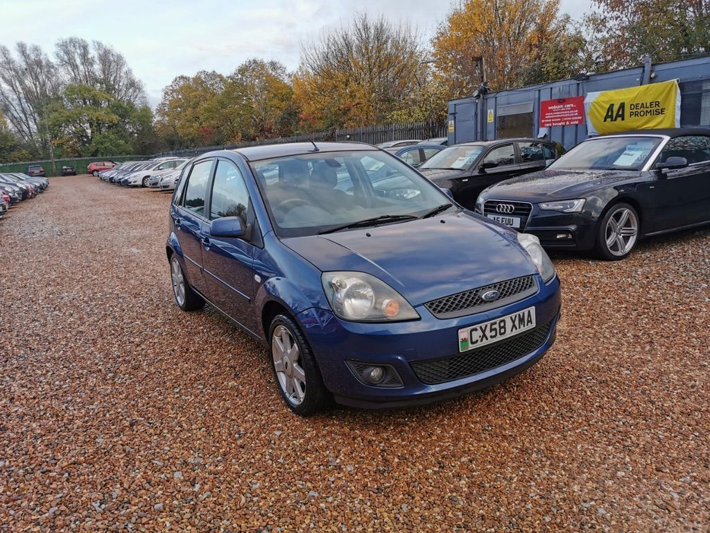 Ford Fiesta Hatchback 1.4 Zetec Blue Edition 5dr