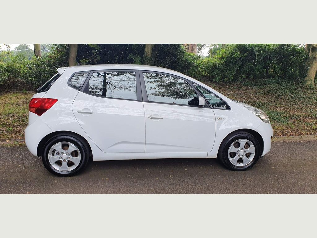 Kia Venga Hatchback 1.4 2 5dr