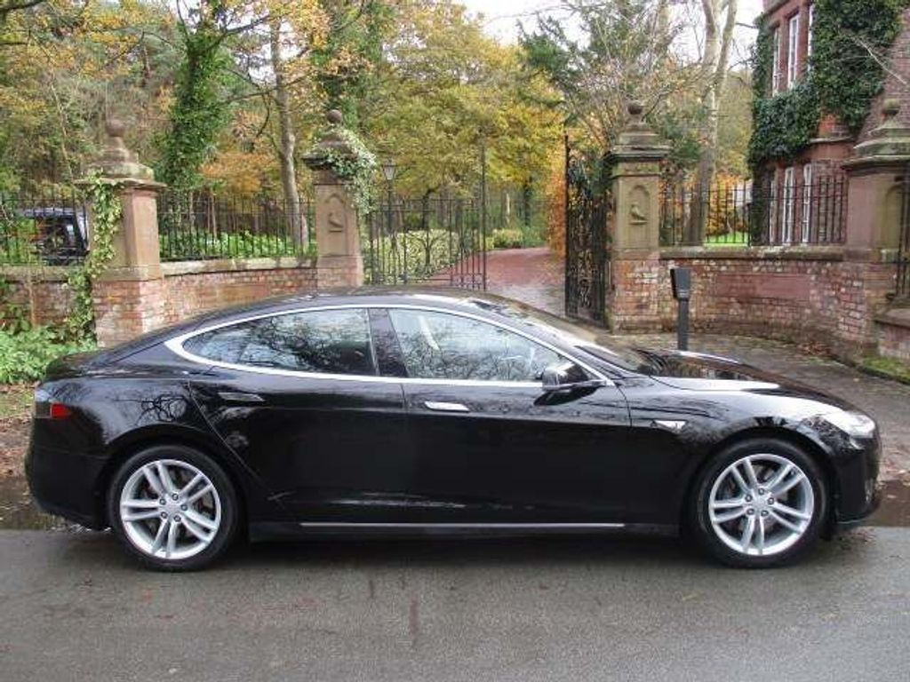 Tesla Model S Saloon E 5dr