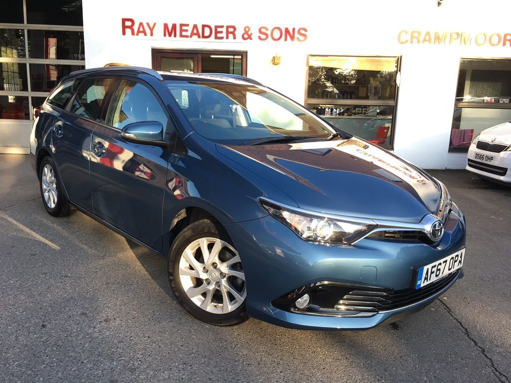 Toyota Auris Estate 1.2 VVT-i Business Edition Touring Sports (s/s) 5dr (Safety Sense)