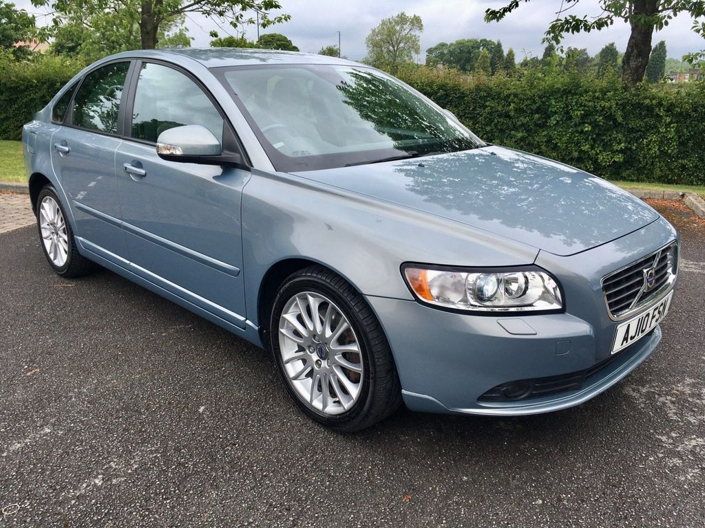 Volvo S40 Saloon 2.0 TD SE Lux (Premium Pack) Powershift 4dr