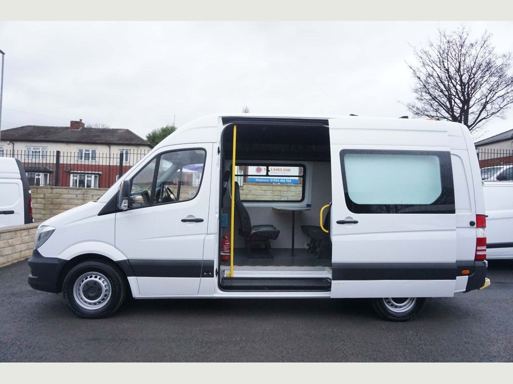 Mercedes-Benz Sprinter Combi Van Welfare Mess Unit 2.1 CDI 313 MWB