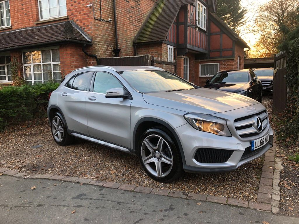 Mercedes-Benz GLA Class SUV 2.1 GLA200 AMG Line 7G-DCT (s/s) 5dr