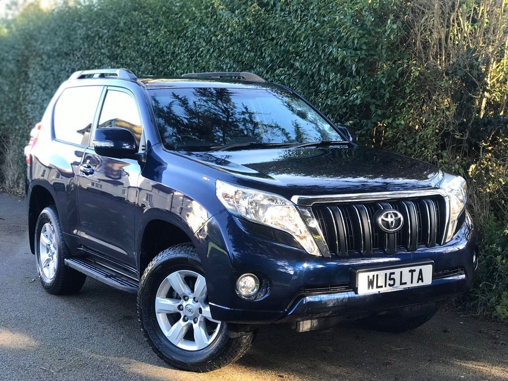 Toyota Land Cruiser SUV 3.0 D-4D Active 3dr (5 Seats)