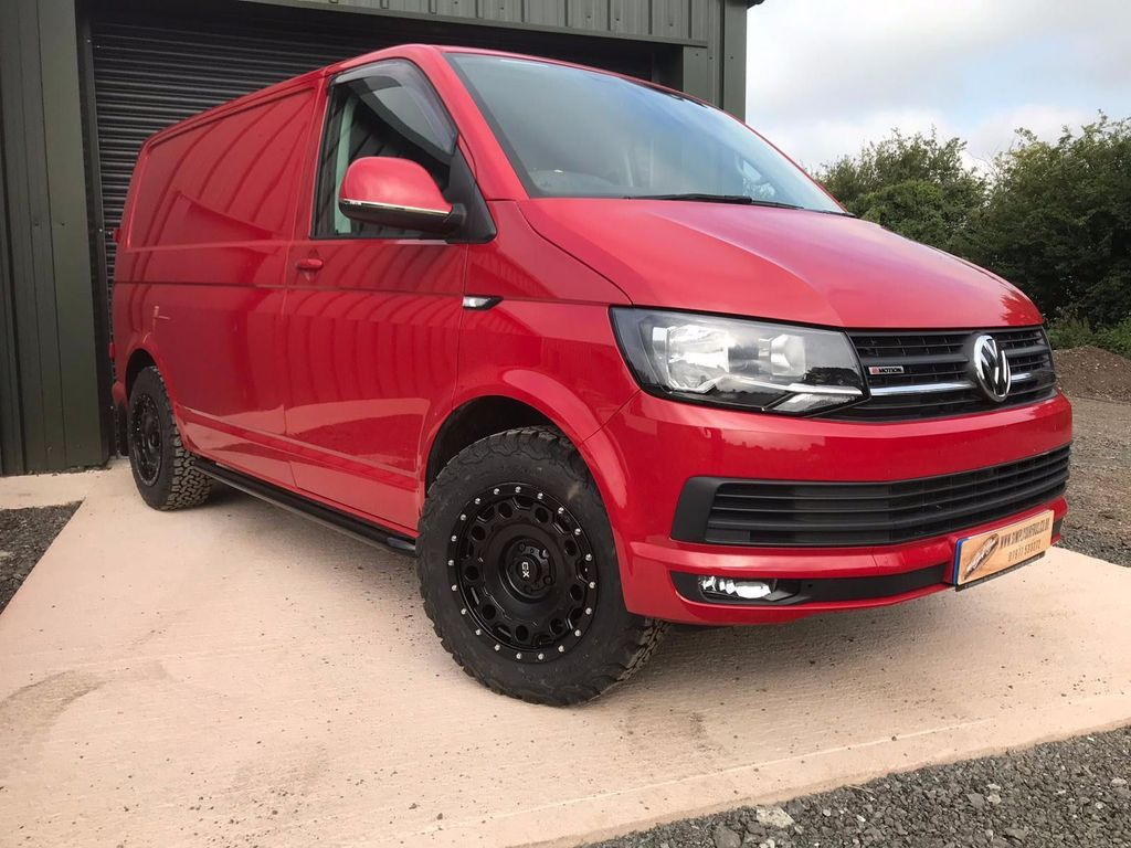 Volkswagen Transporter Panel Van 2.0 TDI T32 BlueMotion Tech Highline 4Motion 5dr