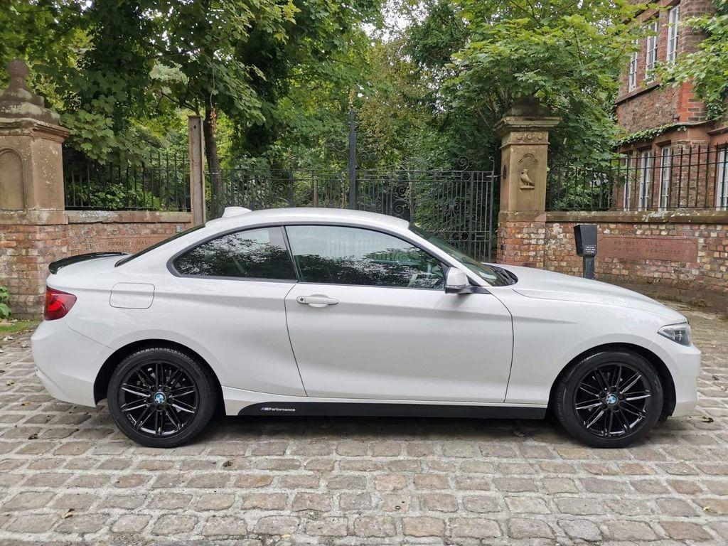 BMW 2 Series Coupe 2.0 218d SE (s/s) 2dr