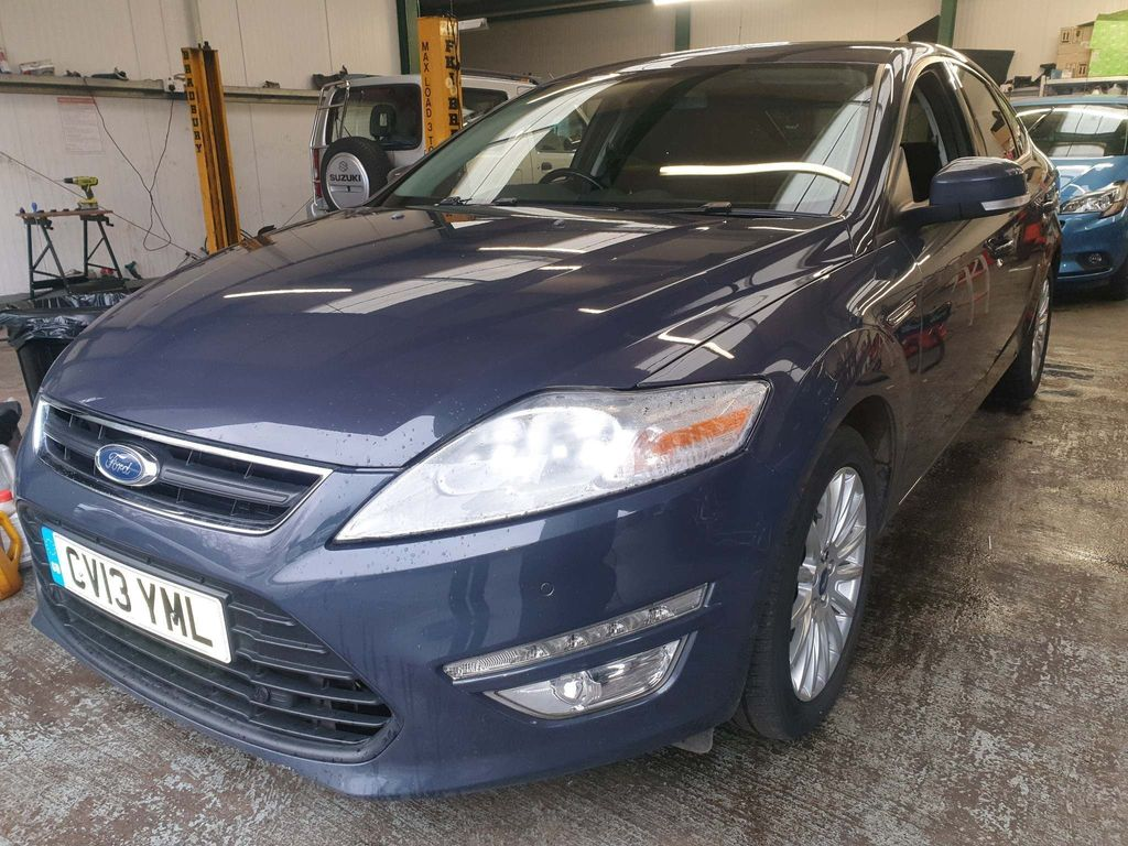 Ford Mondeo Hatchback 2.0 TDCi Zetec Business 5dr