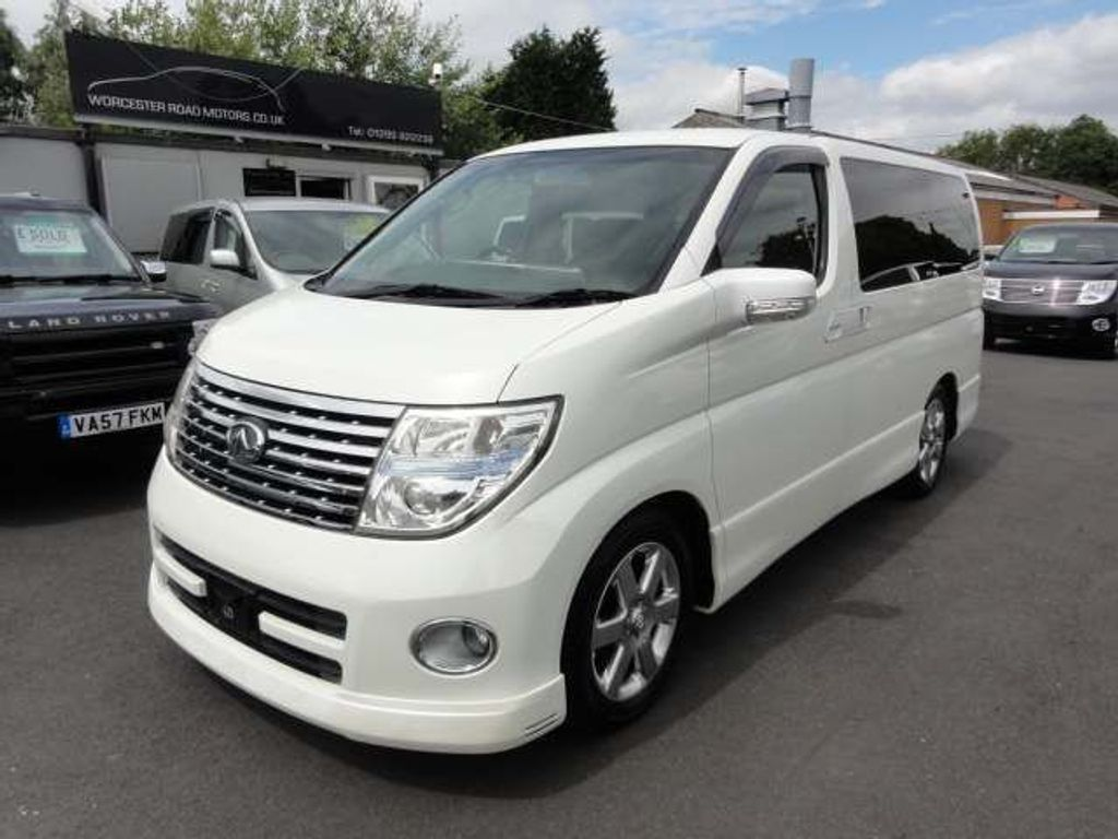 Nissan Elgrand MPV HIGHWAY STAR 4WD FRESH IMPORT