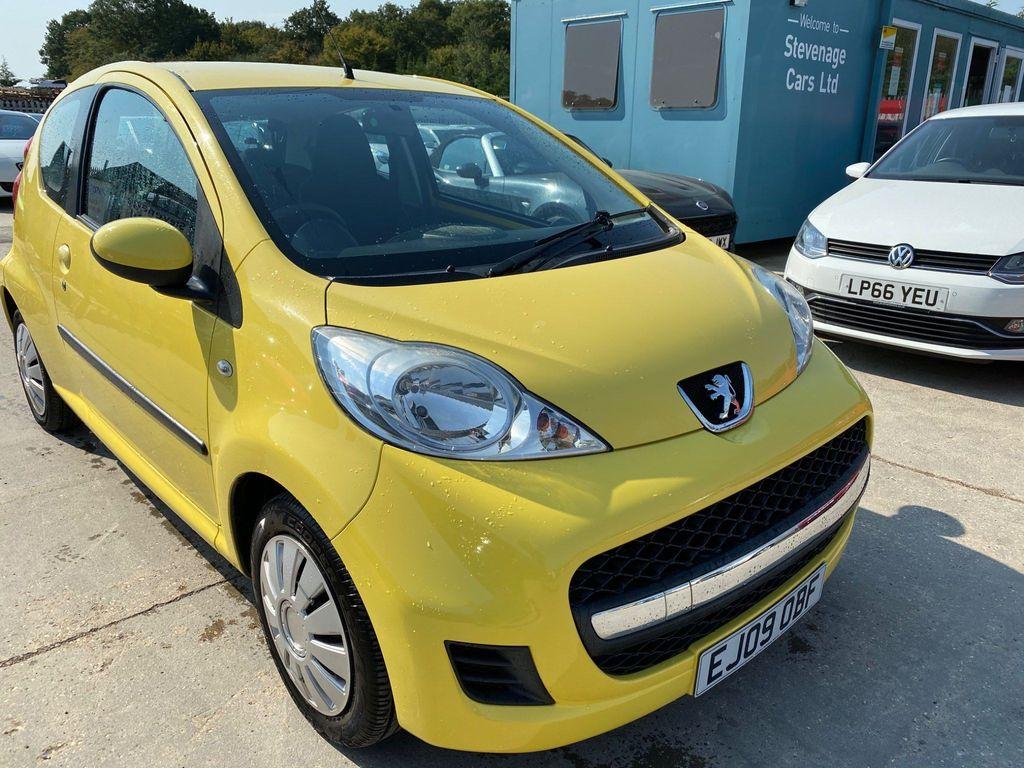 Peugeot 107 Hatchback 1.0 12v Urban 2-Tronic 3dr
