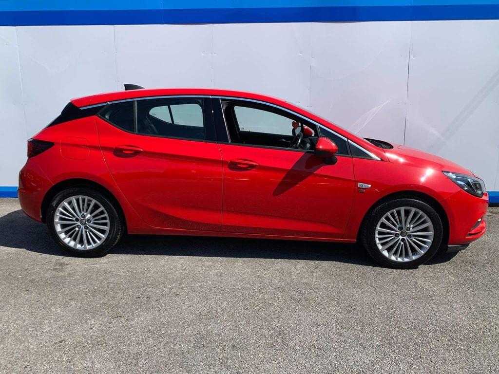 Vauxhall Astra Hatchback 1.6 CDTi ecoFLEX Elite Nav (s/s) 5dr