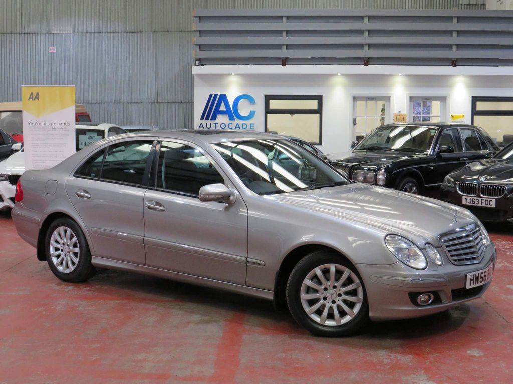 Mercedes-Benz E Class Saloon 3.0 E320 CDI Elegance G-Tronic 4dr