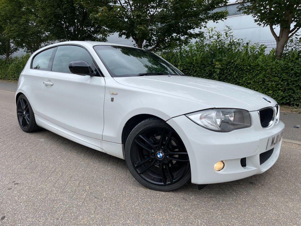 BMW 1 Series Hatchback 2.0 116i Performance Edition Hatchback 3dr Petrol Manual (143 g/km, 122 bhp)