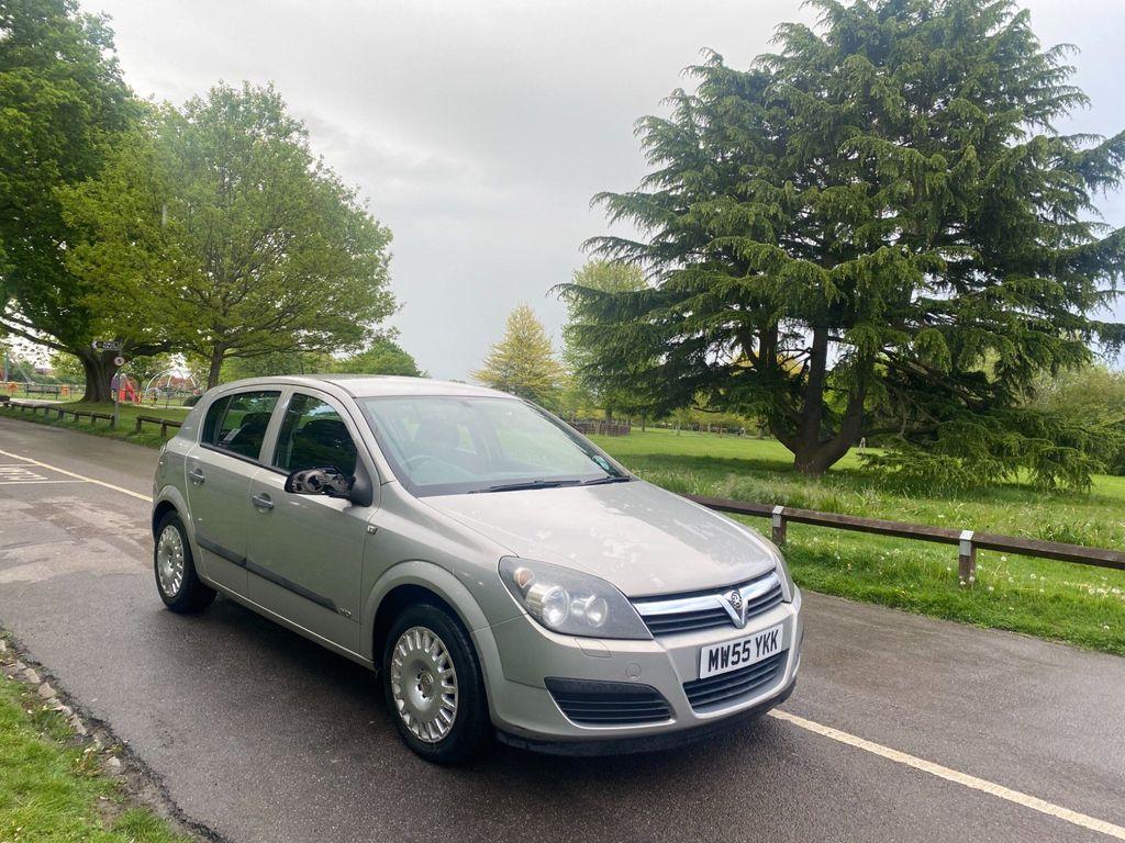 Vauxhall Astra Hatchback 1.6 i 16v Life Easytronic 5dr