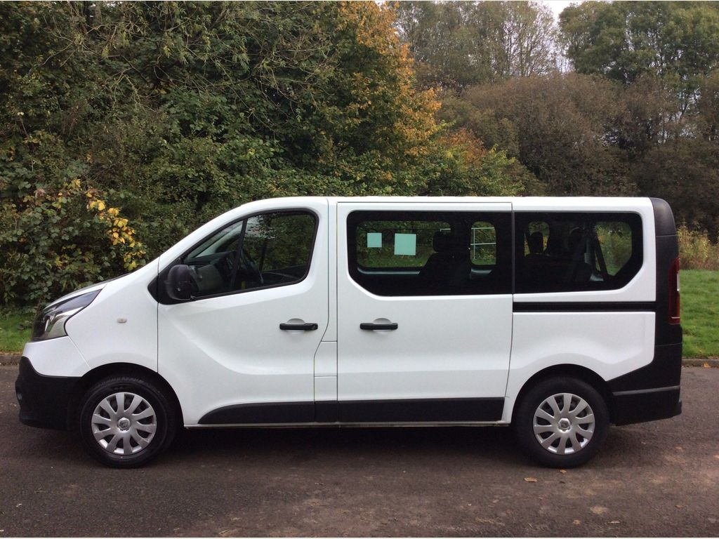 Renault Trafic Other 1.6 dCi ENERGY 27 Business 5dr (9 Seat)