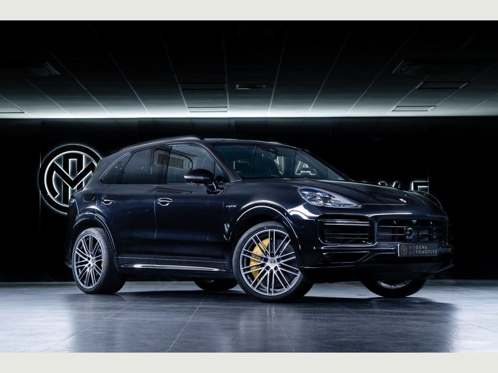 Porsche Cayenne SUV 4.0 V8 14.1kWh Turbo S Tiptronic 4WD (s/s) 5dr