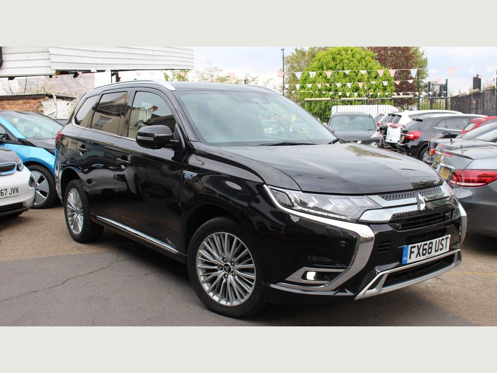 Mitsubishi Outlander SUV 2.4h TwinMotor 13.8kWh 4hs CVT 4WD (s/s) 5dr