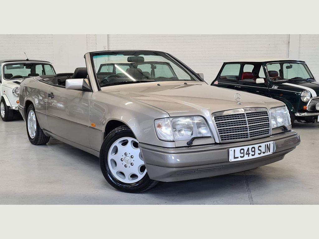 Mercedes-Benz E Class Convertible 3.2 E320 Cabriolet 2dr