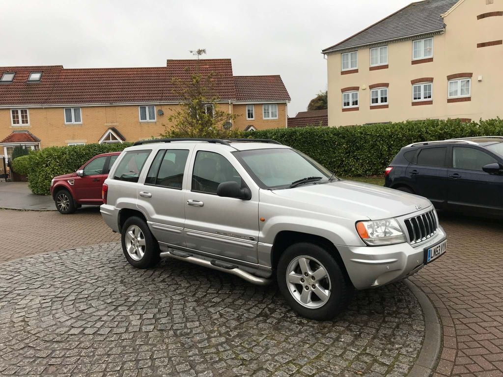 Jeep Grand Cherokee SUV 4.7 V8 Overland 4x4 5dr
