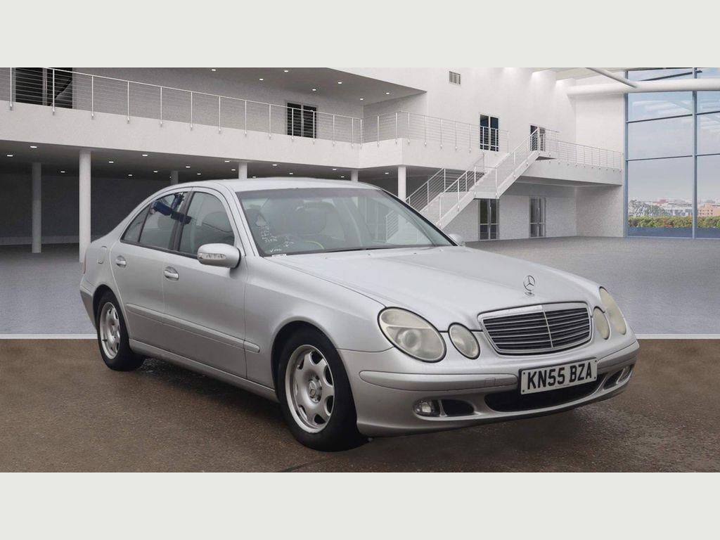 Mercedes-Benz E Class Saloon 1.8 E200 Kompressor Classic 4dr