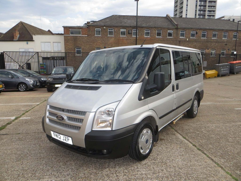 Ford Tourneo Custom Other 2.2 TDCi 300 Trend Low Roof Bus S 5dr (8 Seats, SWB)