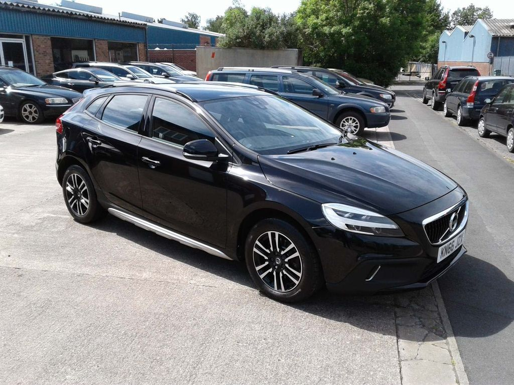 Volvo V40 Cross Country Hatchback 2.0 D3 Nav Plus Cross Country (s/s) 5dr