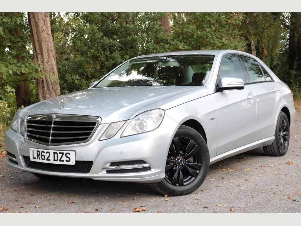 Mercedes-Benz E Class Saloon 2.1 E220 CDI BlueEFFICIENCY SE 7G-Tronic Plus (s/s) 4dr