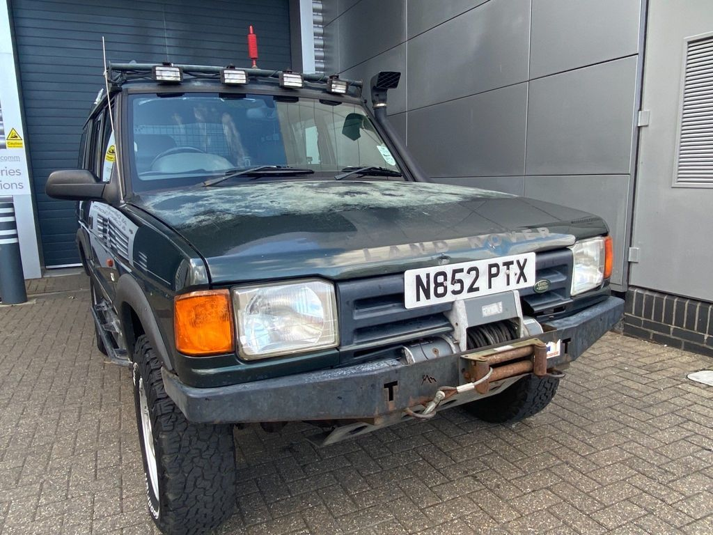 Land Rover Discovery SUV 2.5 TDi ES 5dr