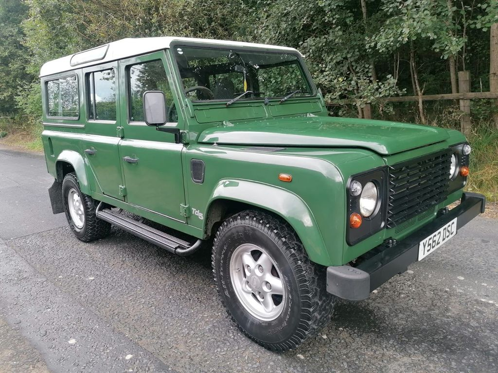 Land Rover Defender 110 SUV 2.5 TD5 County MWB