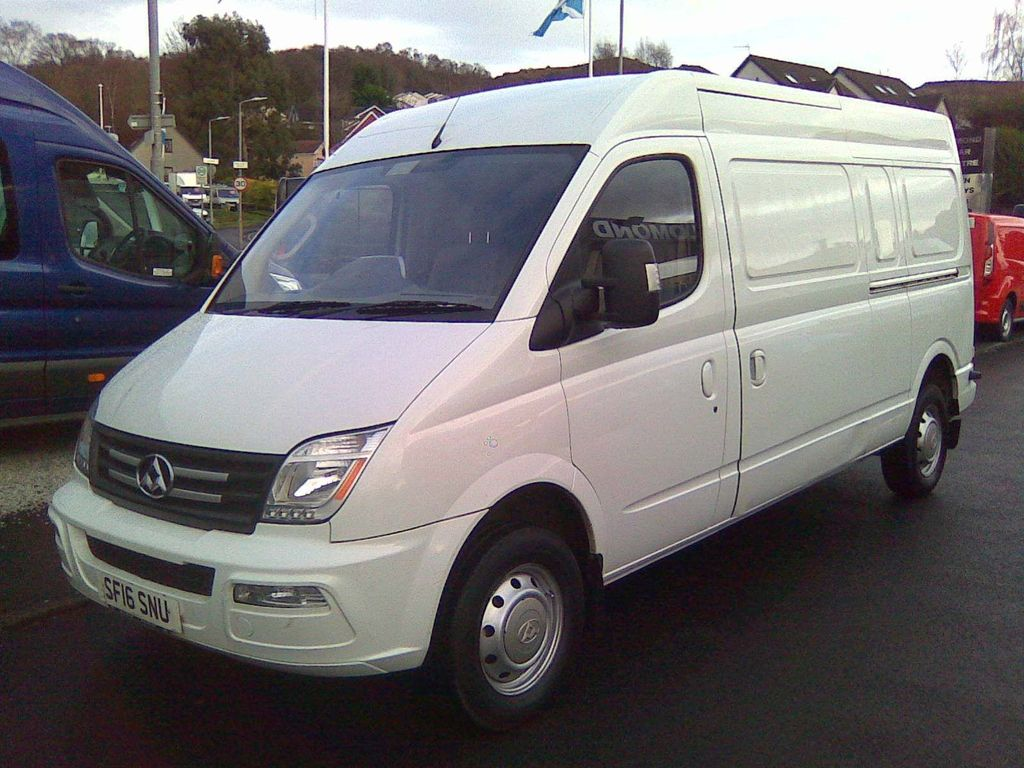 LDV V80 Combi Van 2.5 Eco-D LWB Medium Roof EU5 5dr