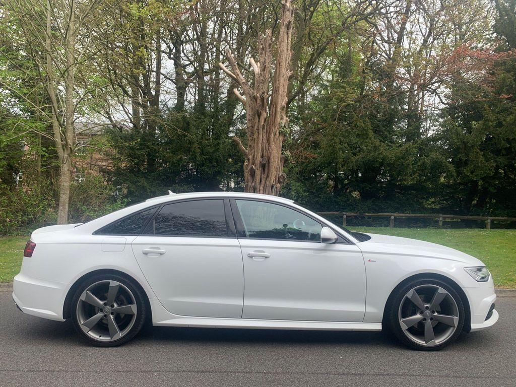 Audi A6 Saloon Saloon 2.0 TDI ultra Black Edition S Tronic (s/s) 4dr