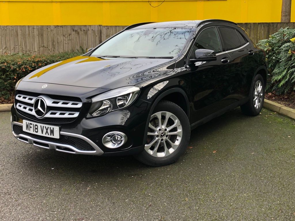 Mercedes-Benz GLA Class SUV 1.6 GLA200 SE (Executive) 7G-DCT (s/s) 5dr