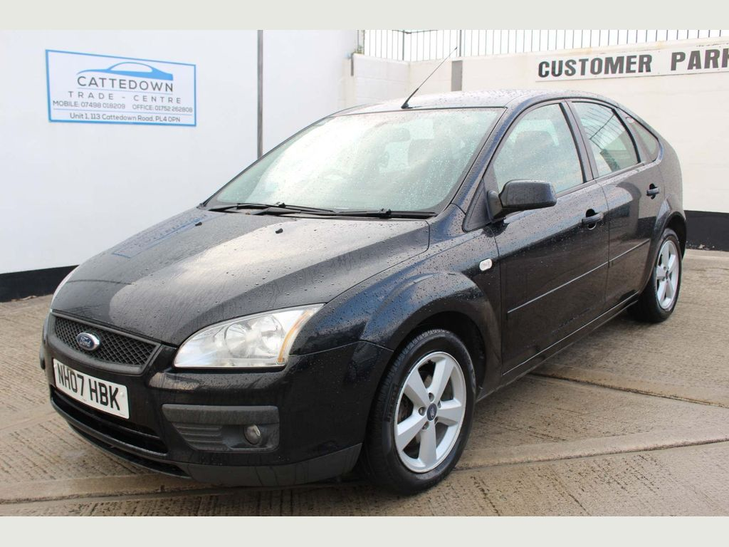 Ford Focus Hatchback 1.8 Sport 5dr