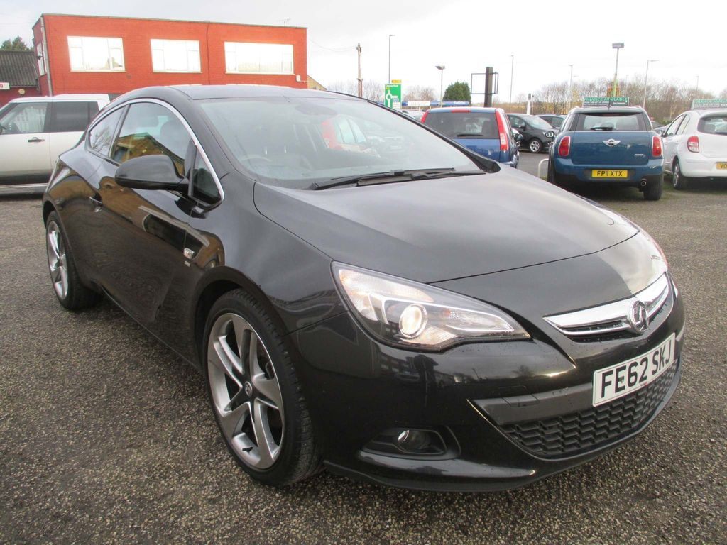 Vauxhall Astra GTC Coupe 2.0 CDTi SRi (s/s) 3dr 20in Alloy