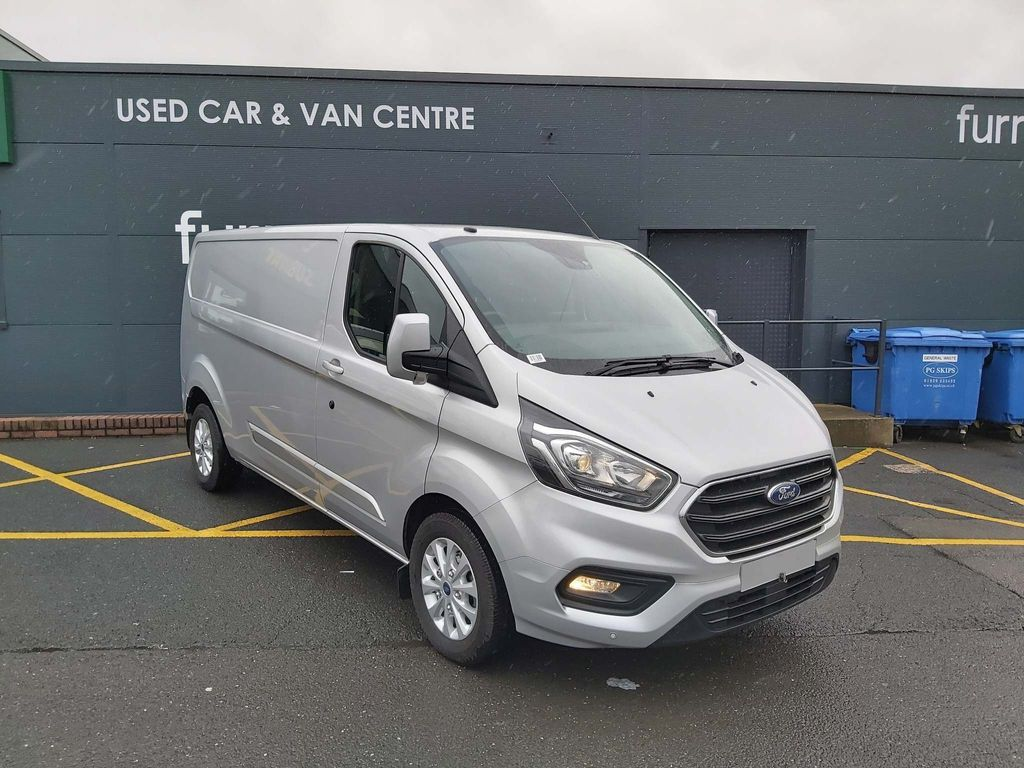 FORD TRANSIT CUSTOM Panel Van L2 H1 LIMITED 170 PS