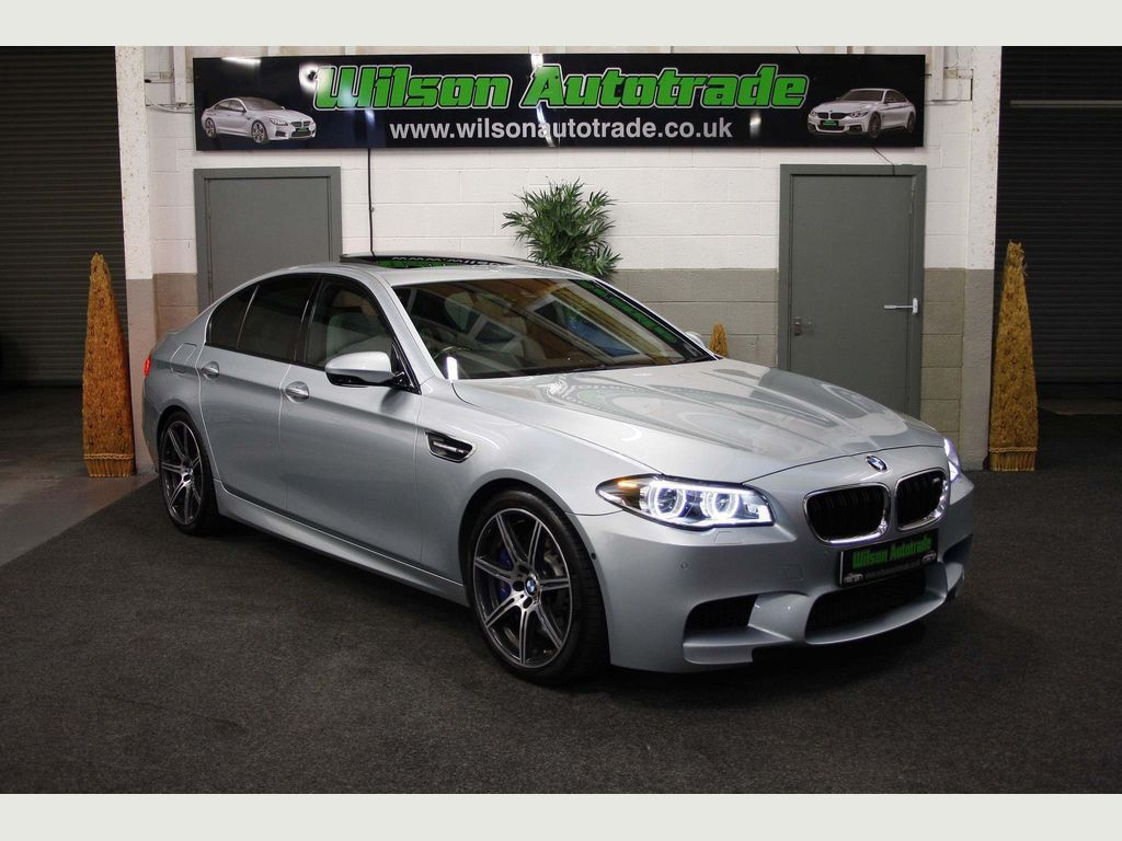 BMW M5 Saloon 4.4 (Competition Pack) M DCT (s/s) 4dr