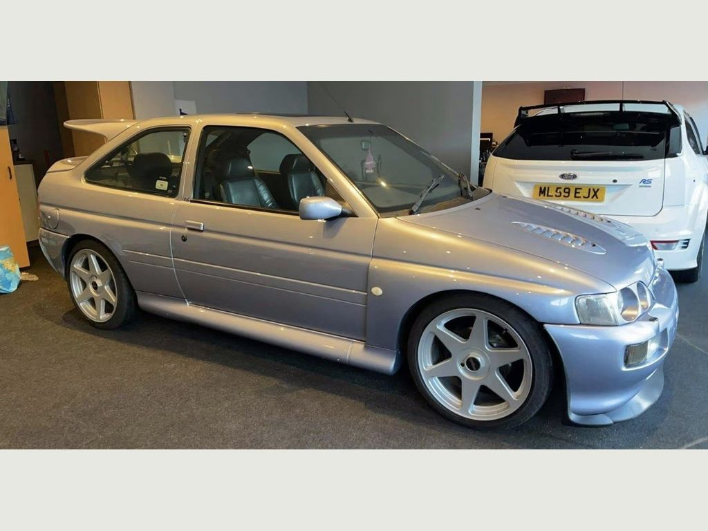 Ford Escort Hatchback 2.0 RS Cosworth Lux 4x4 3dr