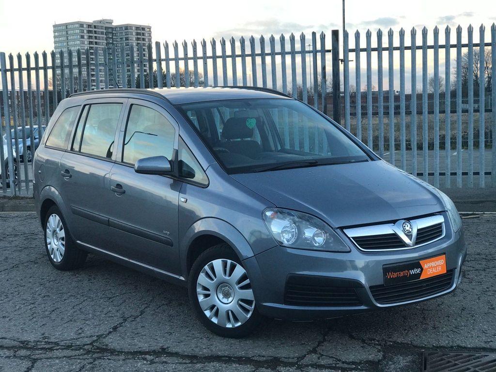Vauxhall Zafira MPV 2.2 i 16v Life 5dr