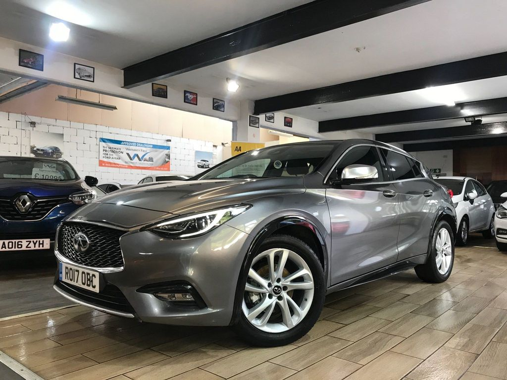 Infiniti Q30 Hatchback 1.5d Business Executive DCT (s/s) 5dr