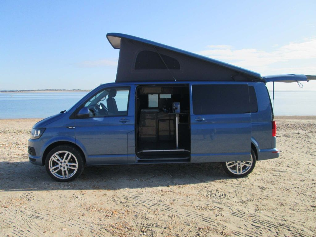 Volkswagen Transporter Campervan 2.0 TDI T28 BlueMotion Tech Highline FWD SWB EU6