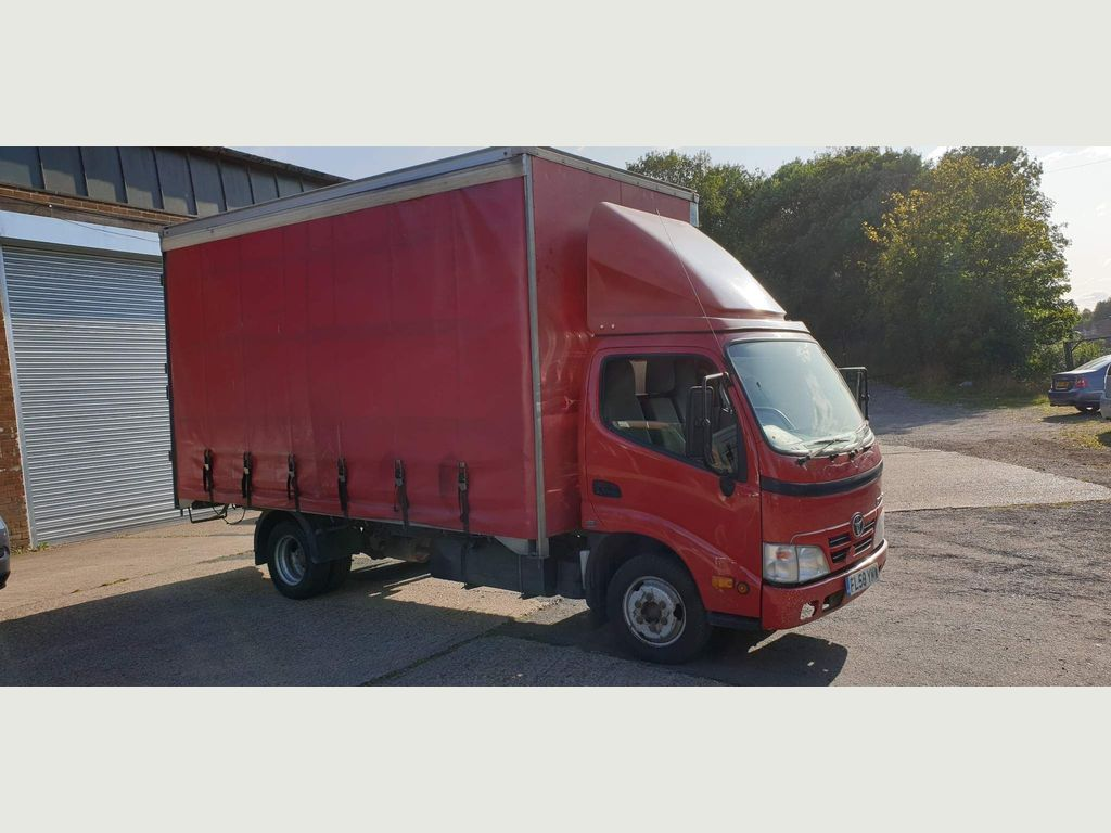 Toyota Dyna Chassis Cab 3.0 D-4D 350 LWB 2dr