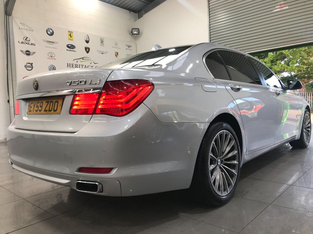 BMW 7 Series Saloon 4.4 750Li V8 4dr