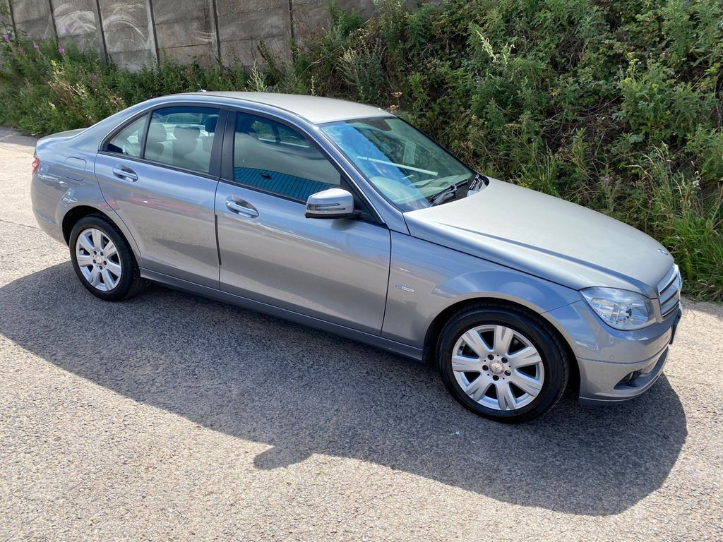 Mercedes-Benz C Class Saloon 1.8 C180 BlueEFFICIENCY SE (Executive) 4dr