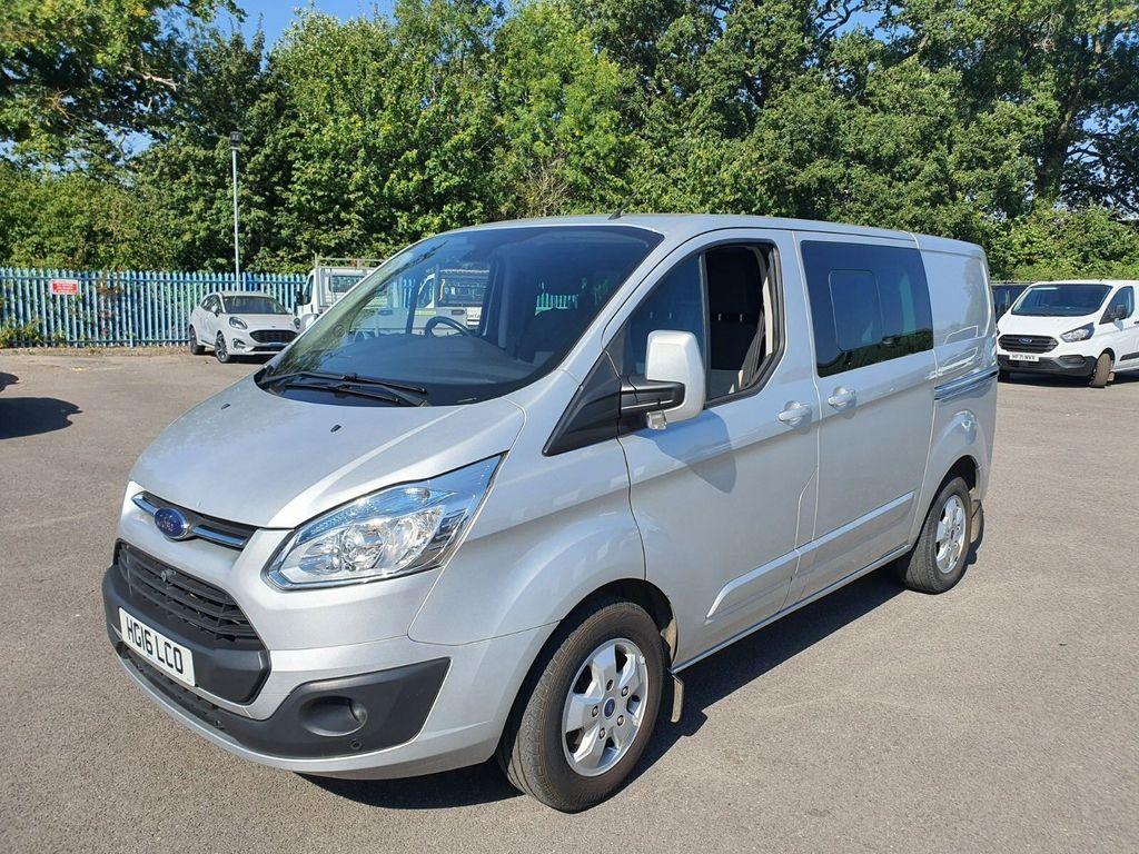 Ford Transit Custom Minibus 2.2 TDCi 125ps Low Roof D/Cab Limited Van