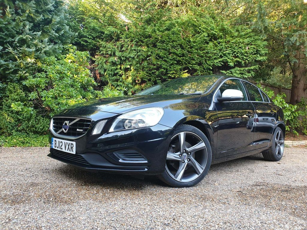 Volvo S60 Saloon 2.0 D3 R-Design 4dr