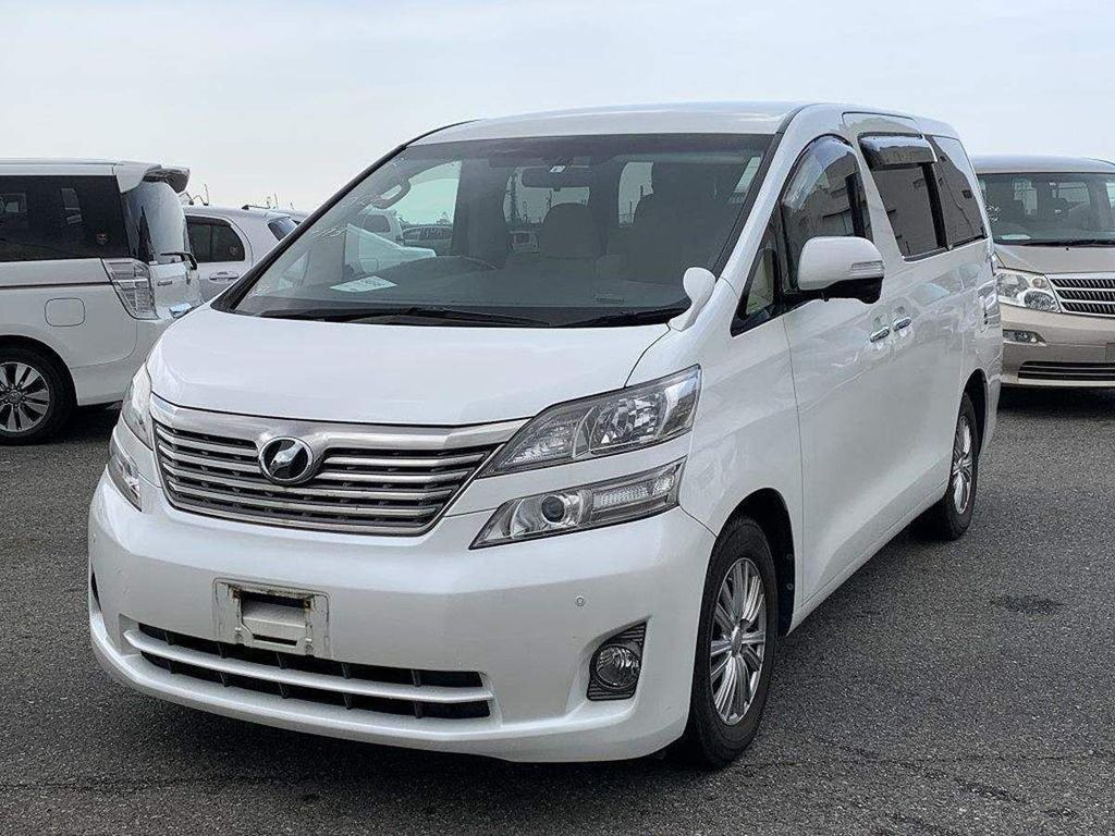 Toyota Vellfire MPV 2.4 V, 5dr, 8 Seater Low Miles