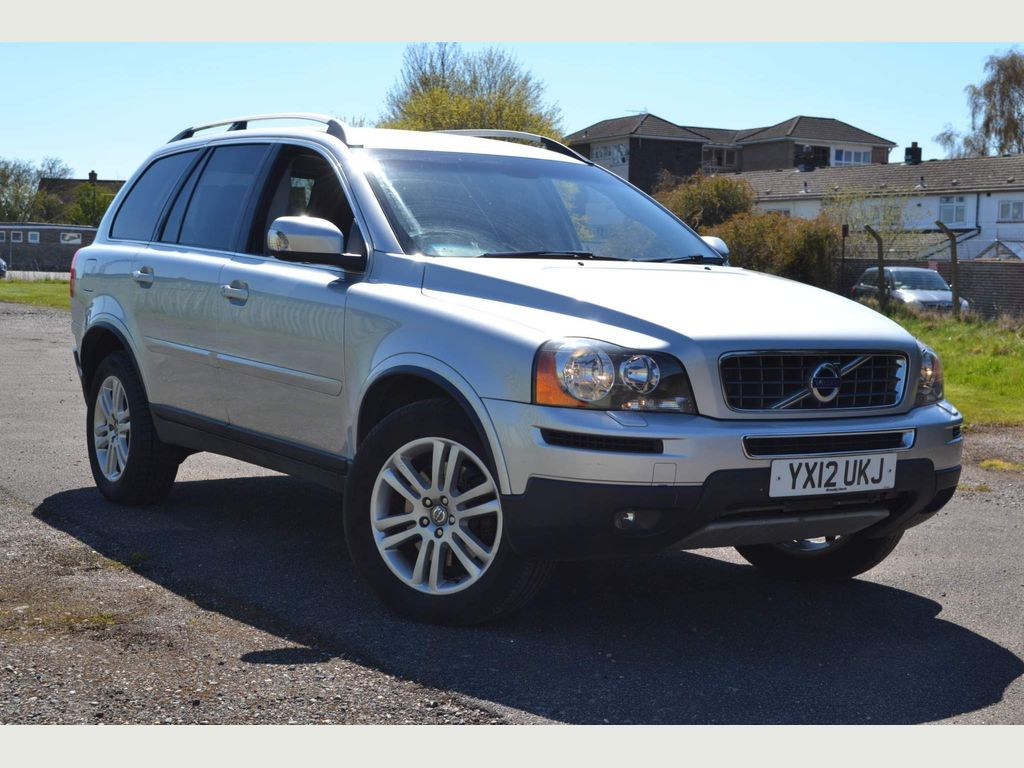 Volvo XC90 SUV 2.4 D5 SE Geartronic 4WD 5dr