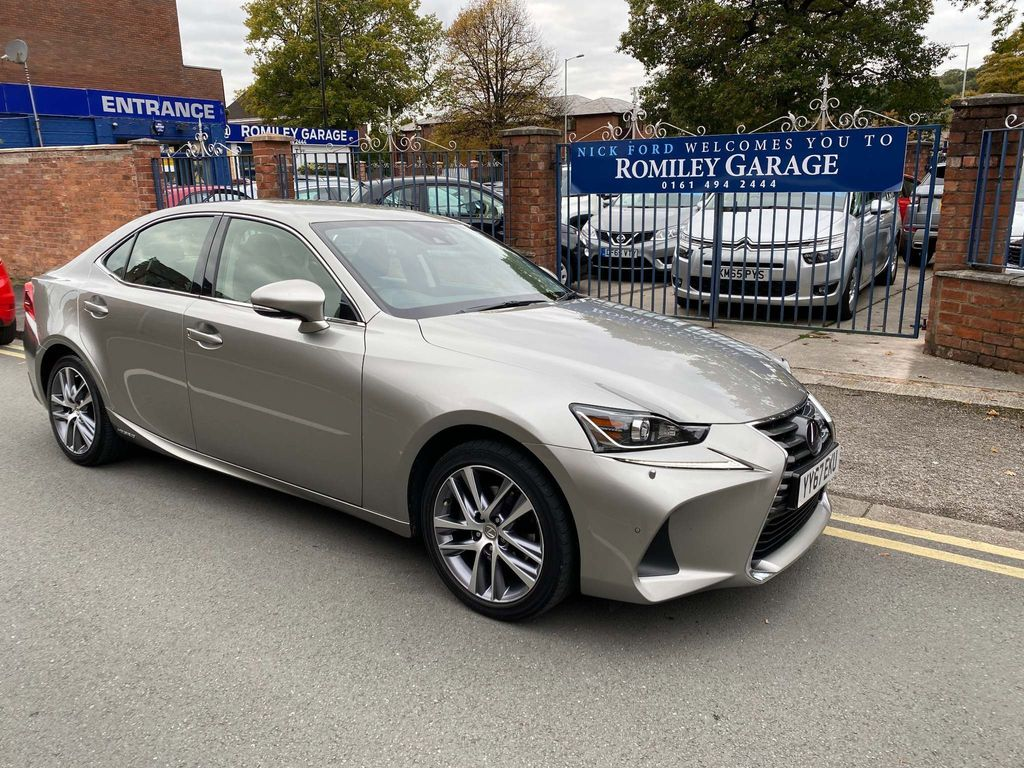 Lexus IS 300 Saloon 2.5 Executive Edition E-CVT (s/s) 4dr