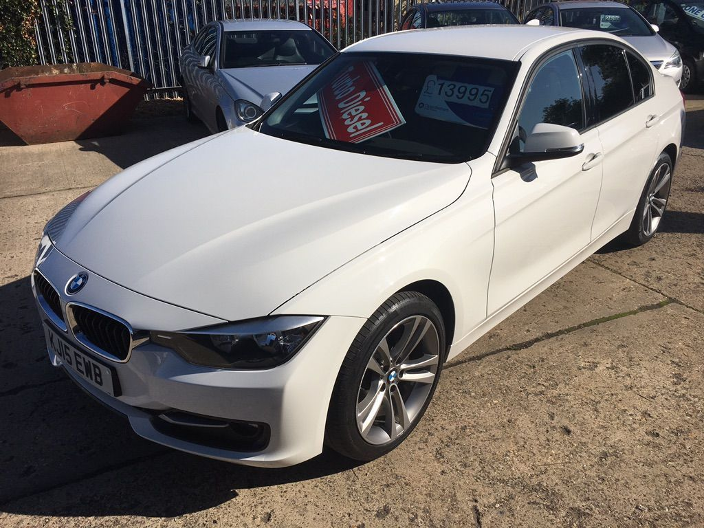 BMW 3 Series Saloon 2.0 320d BluePerformance Sport (s/s) 4dr