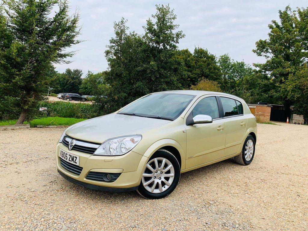 Vauxhall Astra Hatchback 1.6 i 16v Elite Easytronic 5dr